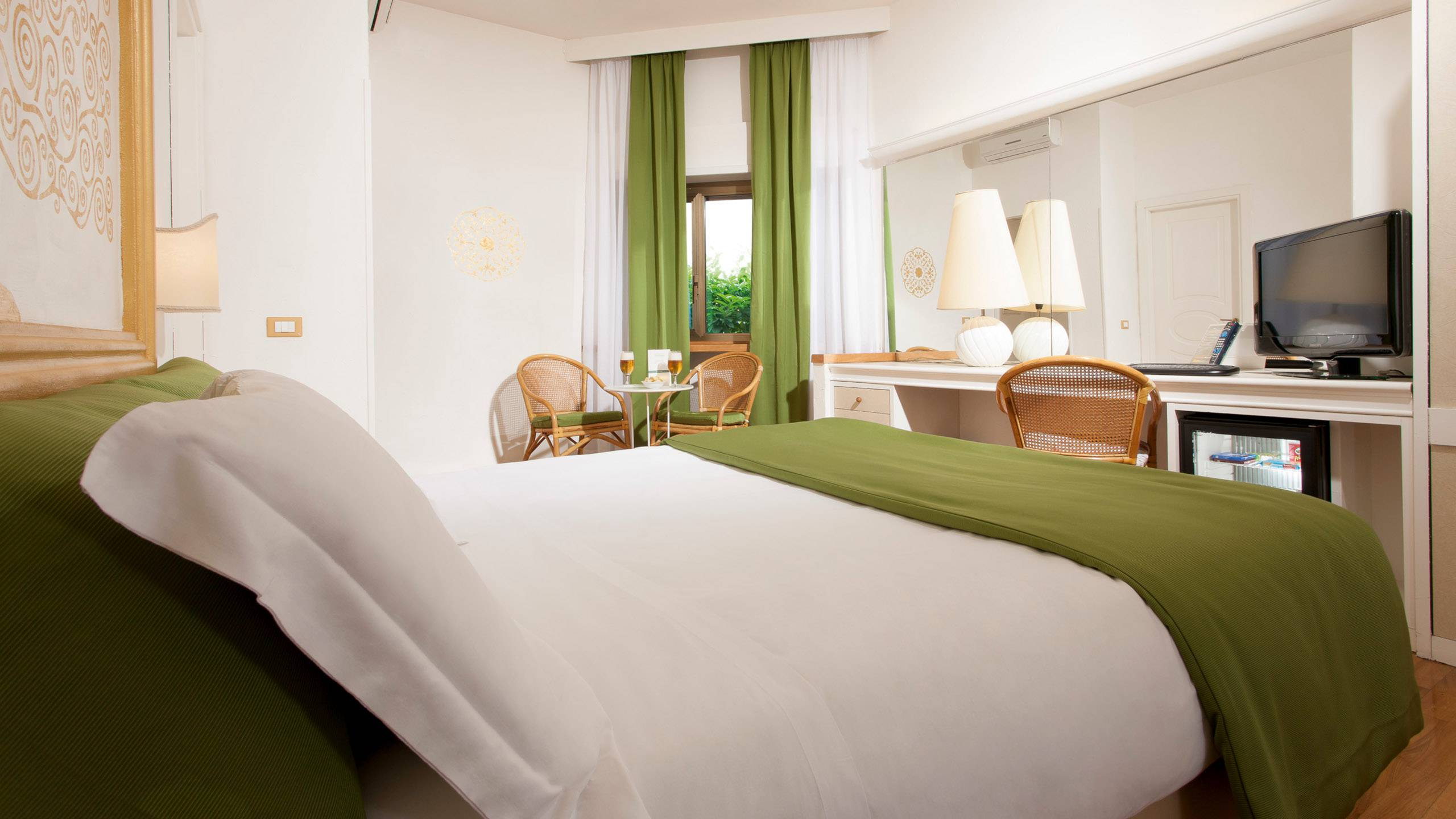 Hotel-Eurogarden-Roma-cottage-double-room