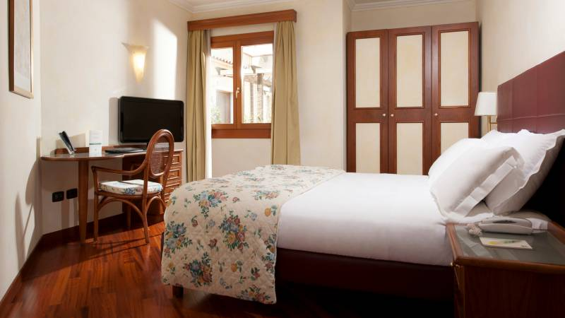 Hotel-Eurogarden-Rom-wohnung-2